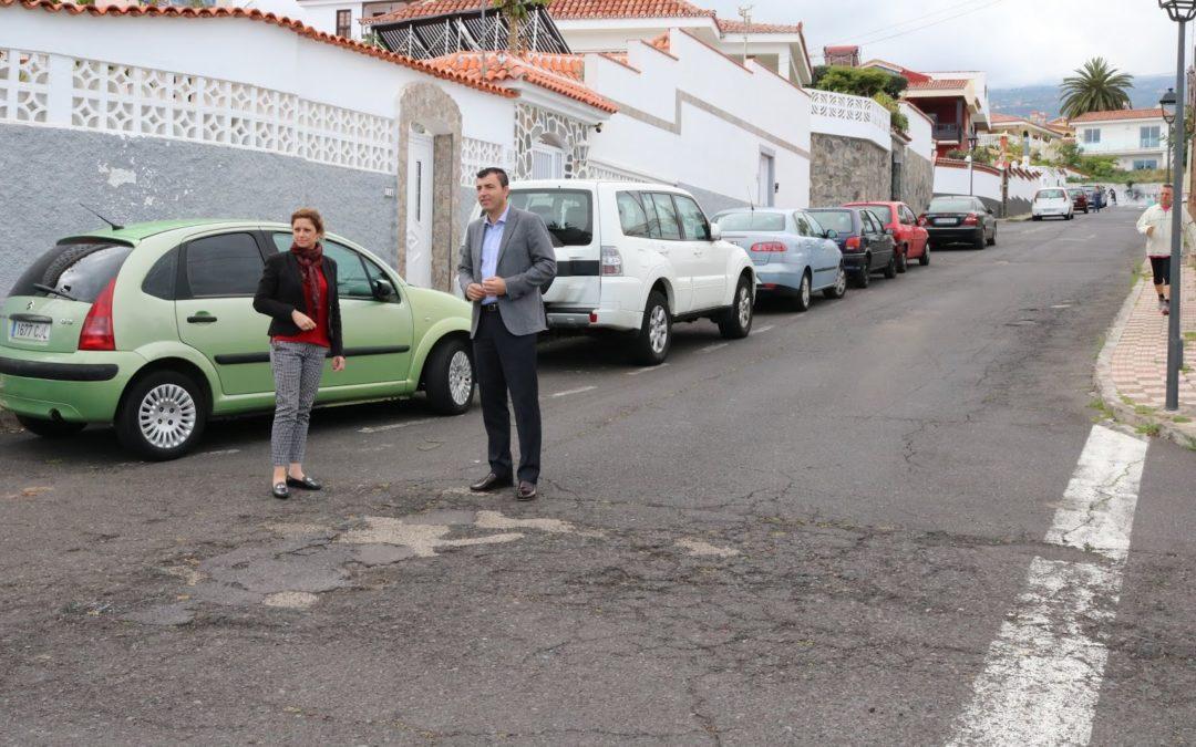 El 'Plan de Barrios' destina 133.215 euros a la repavimentación de la calle Venezuela en Toscal Longuera