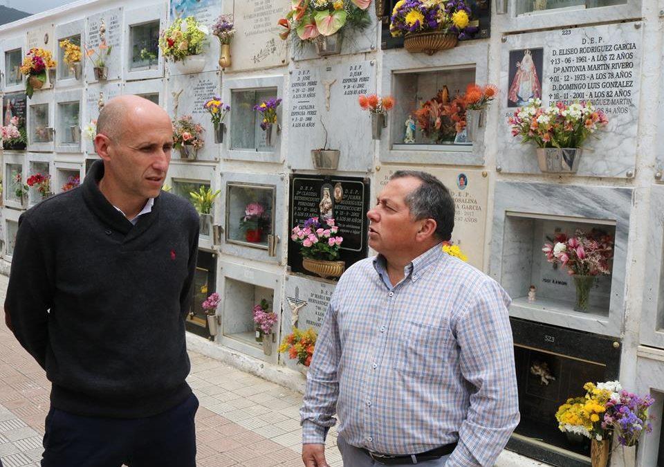 La conmemoración de Todos los Santos y Difuntos aguarda enrames y visitas en los cementerios realejeros