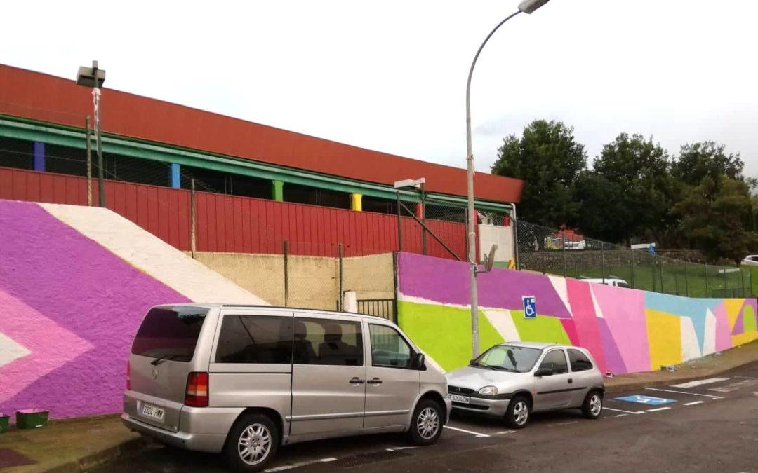 El proyecto de arte mural en los colegios realejeros llega ya al CEIP Palo Blanco