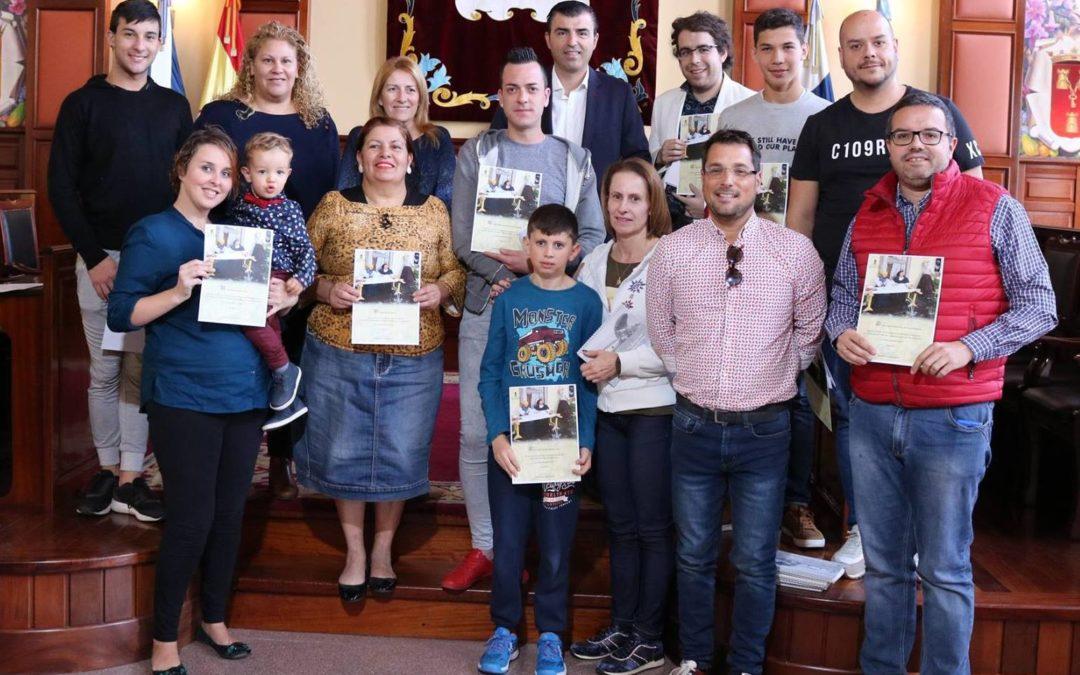 Los Realejos premia como mejores belenes el de Adán Pérez en particulares y el de la A.V. La Gordejuela en entidades