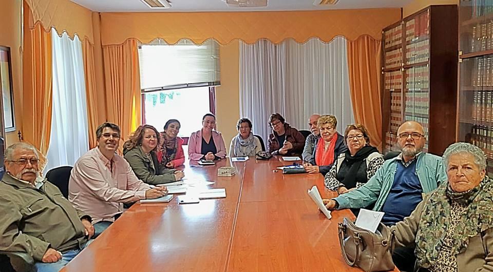 Una nueva mesa de participación realejera coordina el próximo Encuentro Carnavalero de los Mayores