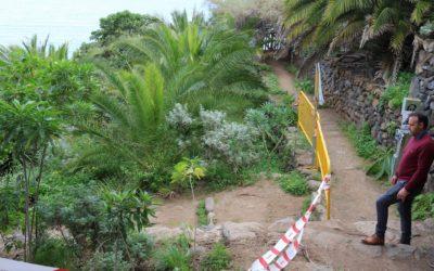 Avanzan las obras de mejora del acceso a la playa de Castro y la contención del Fortín de San Fernando