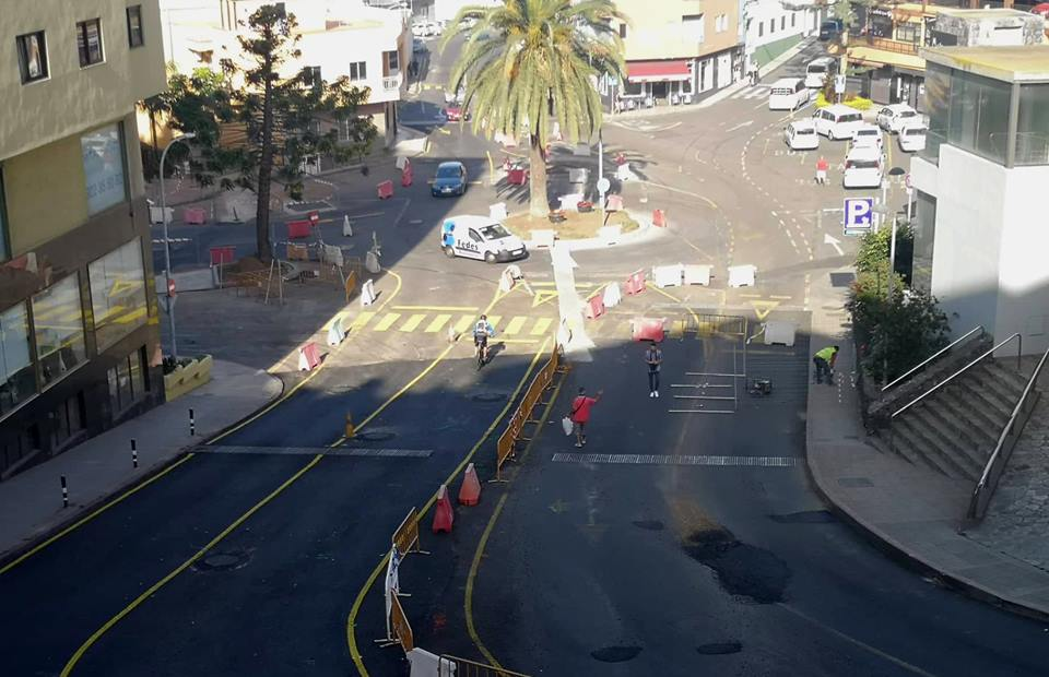 Queda abierta al tráfico la mitad inferior de la Avenida de Canarias y El Puente pasa a la fase de preasfaltado
