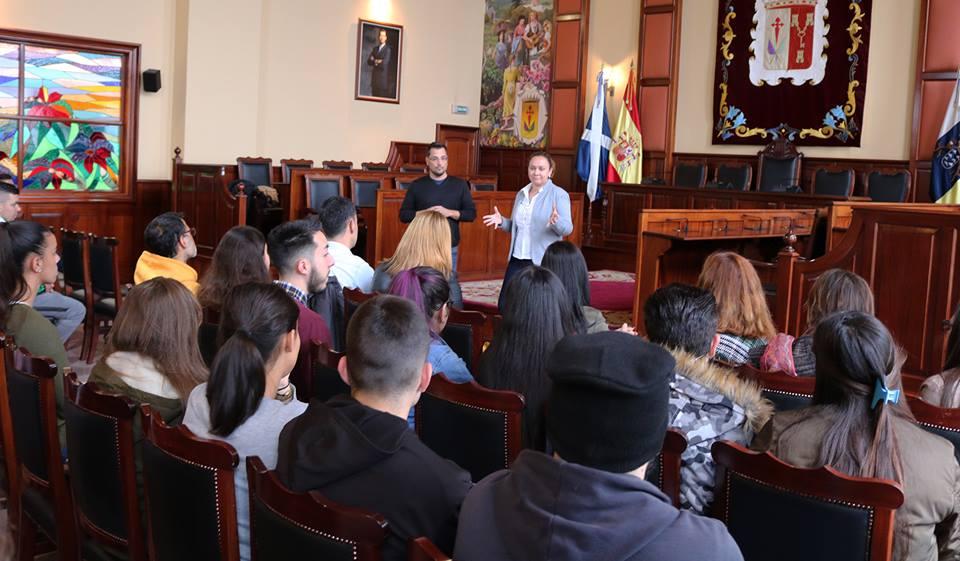 Los Realejos arranca su programa operativo de empleo para 48 jóvenes en hostelería y atención al cliente
