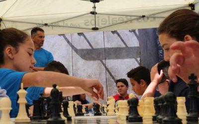 Exitoso estreno del ajedrez en el marco de las VI Miniolimpiadas Escolares junto a las pruebas de natación