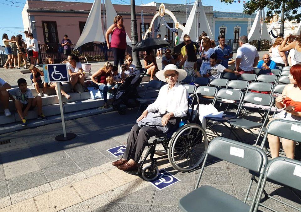 Los Realejos habilita lugares preferentes y accesibles para personas con movilidad reducida en sus eventos