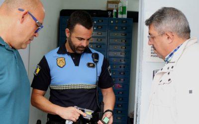 Los Realejos apuesta por la formación de sus agentes para la utilización de pistolas táser de autoprotección