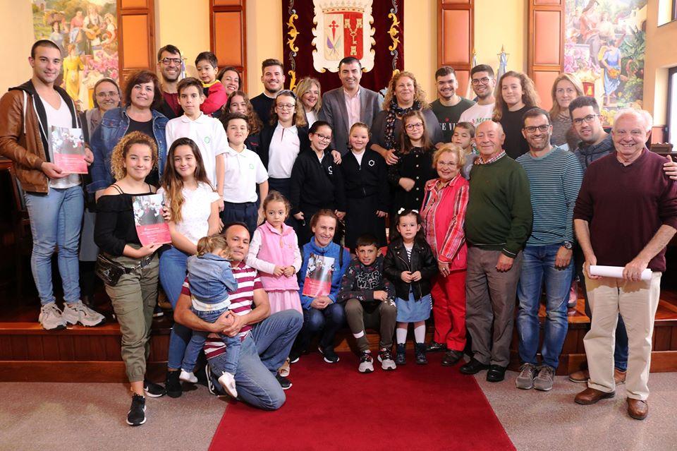 Los Realejos entrega los premios de los concursos de belenes y postales de Navidad
