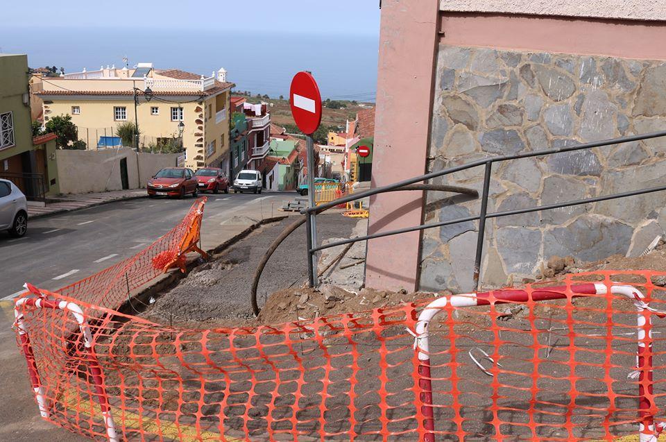 El Ayuntamiento prosigue en el reformado del entorno de las viviendas de San Francisco en Realejo Bajo