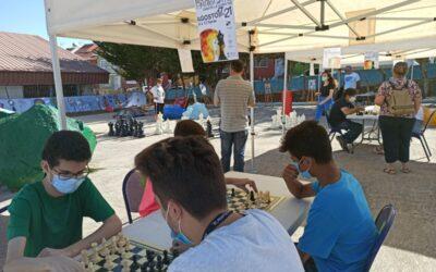 Los Realejos acerca la práctica del ajedrez a jóvenes de la localidad con 'Enrócate'