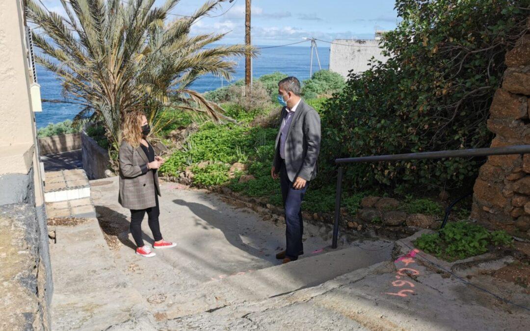 El Ayuntamiento de Los Realejos contrata la repavimentación del peatonal de la calle Los Roques hacia calle Los Beltranes