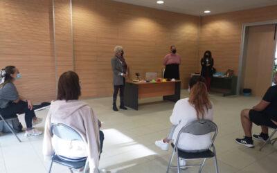 Los Realejos imparte talleres sobre atención psicológica e integración social