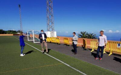 El Ayuntamiento inicia las obras de reposición del vallado del campo de fútbol La Zarza en Icod el Alto