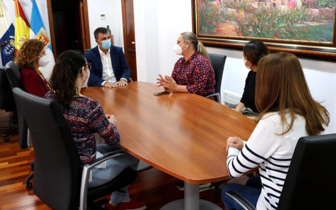 El Ayuntamiento refuerza Bienestar Social con la incorporación de tres nuevas trabajadoras sociales