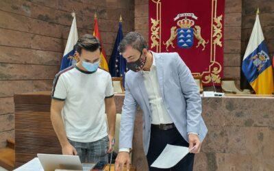 Los Realejos expone su experiencia como Ciudad Amiga de la Infancia (CAI) desde 2014 en el Parlamento de Canarias